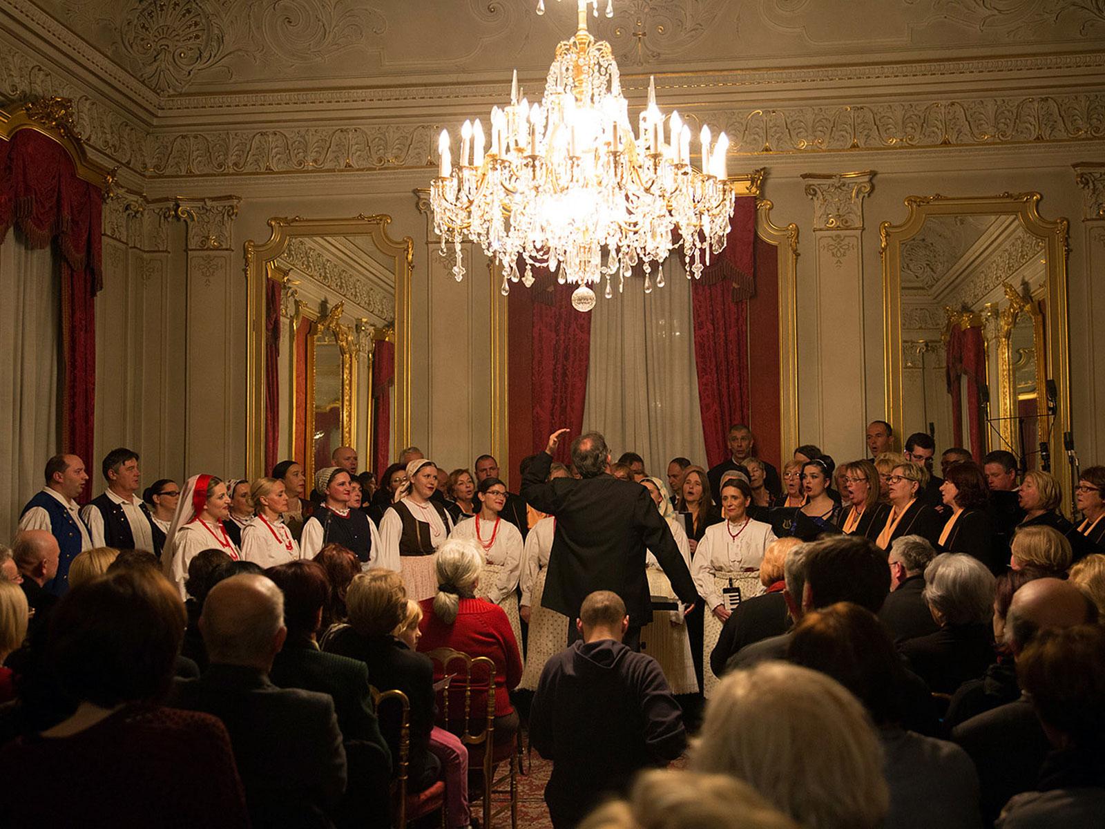 GLORIA Dverce koncert Glazbeni festival adventskih i božićnih pjesama u Zagrebu 2016. Musica Nota